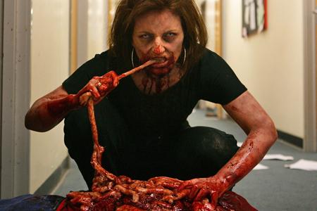 Comiendo carne fresca al aire libre gratispornocaserocom - 2 7